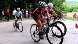 Women bike racing